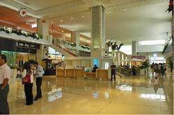 石垣島空港フロア