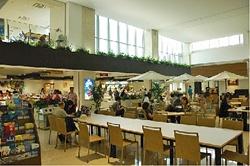 石垣島空港フロア2