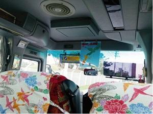 帰りのシャトルバス内部
